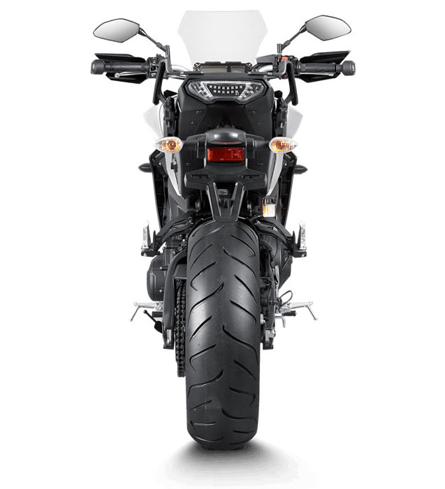akrapovic full exhaust s y9r3 haft in exhaust systems. Black Bedroom Furniture Sets. Home Design Ideas